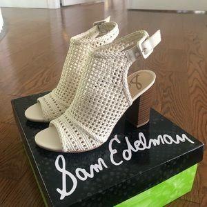 NEW Off-white/ivory Sam Edelman Sandal Heels